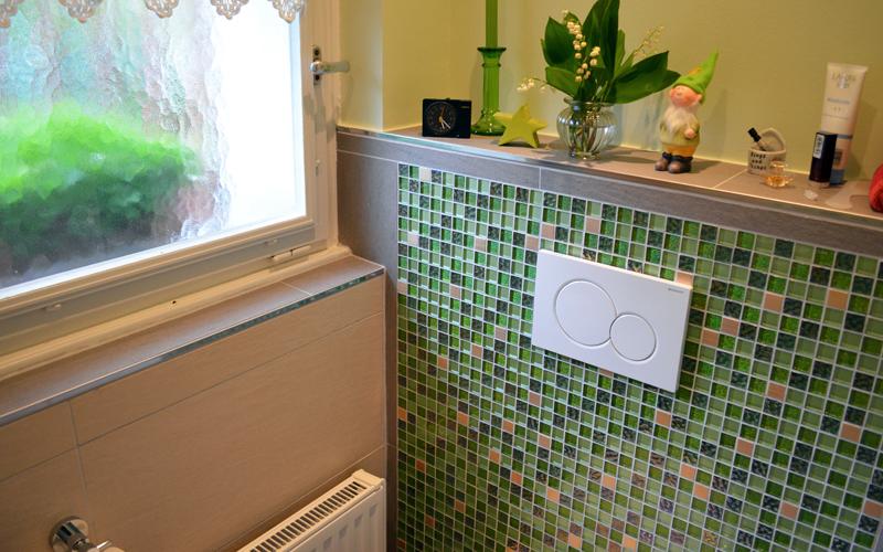 Das WC wurde modernisiert und mit einem Unterputzspülkasten ausgestattet